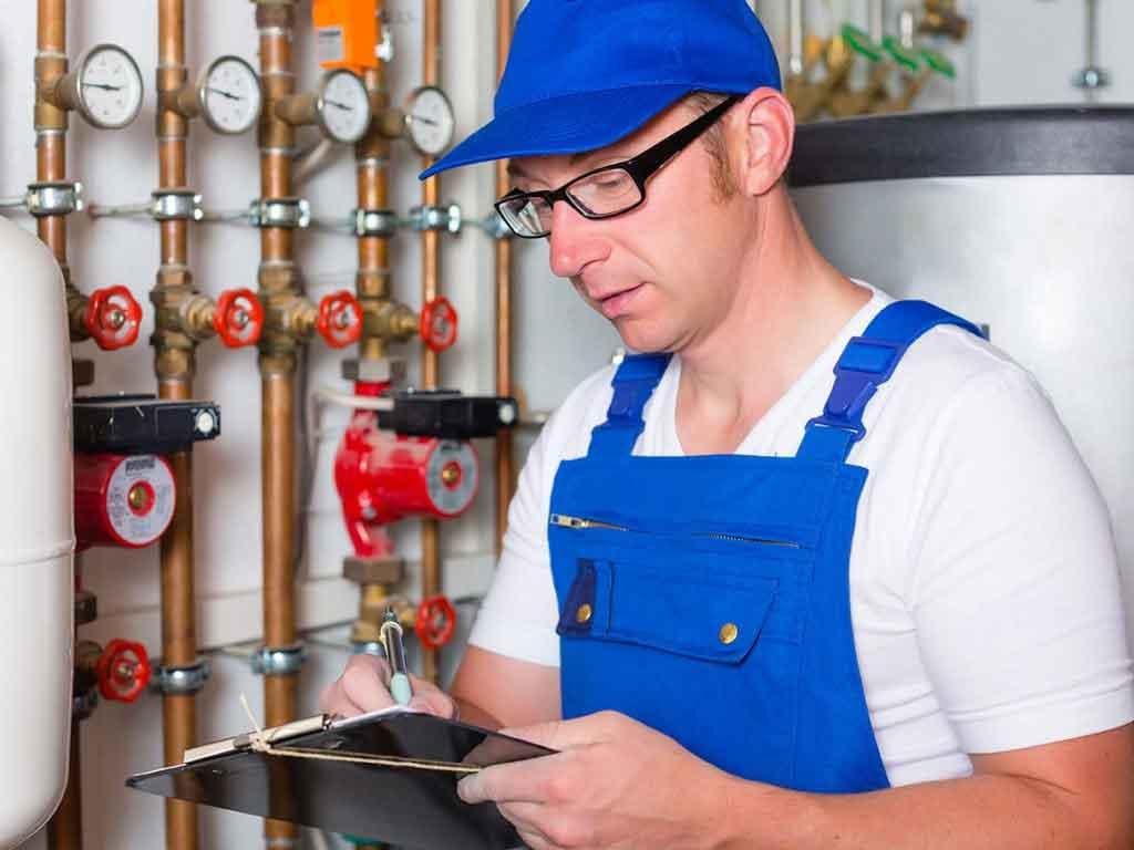Amtliche Abnahme und Funktionskontrolle von der Firma Peter Wolf und Bavaria Tankdienst