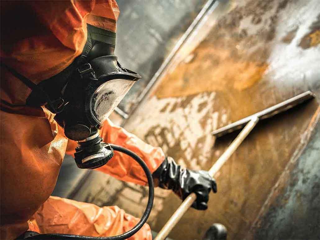 Tankinspektion & Tankreinigung von der Firma Peter Wolf und Bavaria Tankdienst